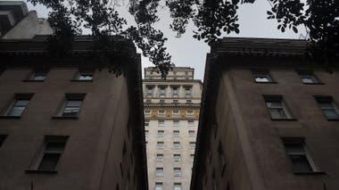 La torre Mihanovich que adquirieron los Bencich. Allí funcionó hasta hace poco el Sofitel.