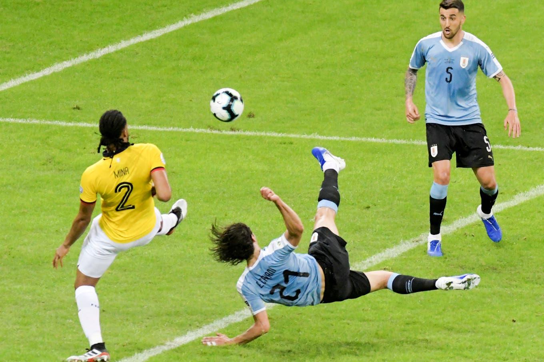 Copa América. Sombrerito de Nicolás Lodeiro y la tijera de Edinson Cavani: los golazos de Uruguay