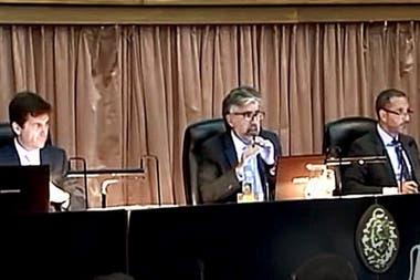 Los jueces Basso, Giménez Uriburu y Gorini, cuestionados