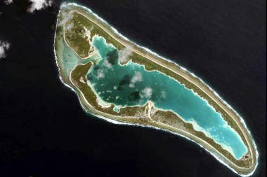 They assume that the aviation pioneer was lost in the vicinity of Nikumaroro Island, in the Pacific Ocean