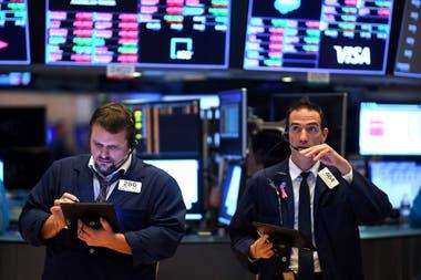 """El mercado no solo estará atento a las novedades para ahorristas y en dólar """"bolsa"""", sino también a las que implican a las compañías"""
