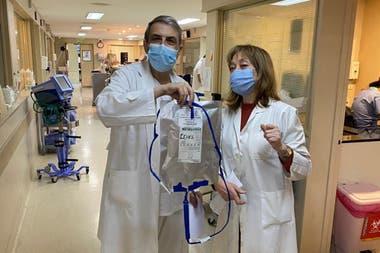 Infusión para pacientes con Covid-19 en Sanatorio de la Trinidad