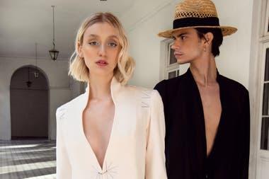En la colección de AU, estilo glam, predomina el blanco y el negro