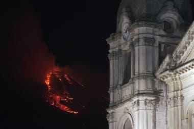 El Observatorio Etneo informó que los ríos de lava ya se están enfriando