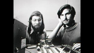 Del garaje a la cima del mundo, Apple cumple mañana 40 años de ...