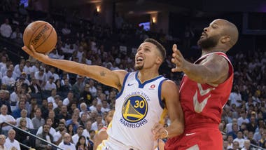 Curry no pudo liderar a Golden State al triunfo