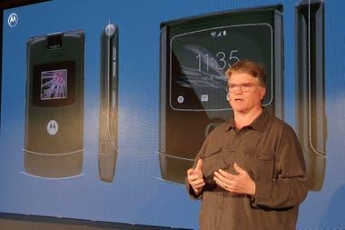 Paul Pierce, uno de los creadores del Razr original de 2004, estuvo al frente del diseño del nuevo Razr