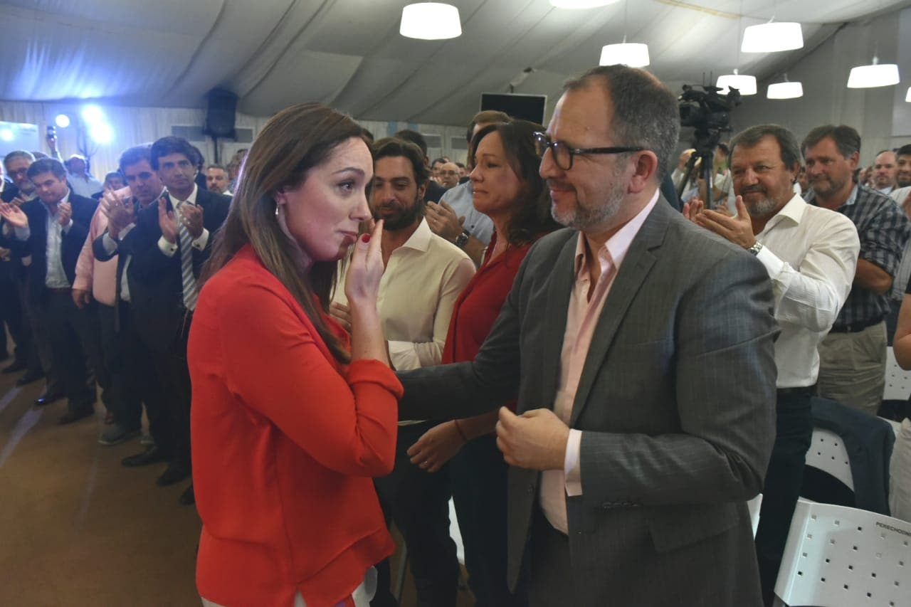 """Vidal pidió a sus ministros """"seguir juntos fuera del Estado"""""""