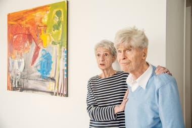 En su casa de Quebec junto con Marta Cavallo, su segunda esposa, con quien está hace más de 60 años