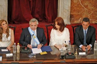 Alberto Fernández durante su primer discurso como presdidente de la Nación