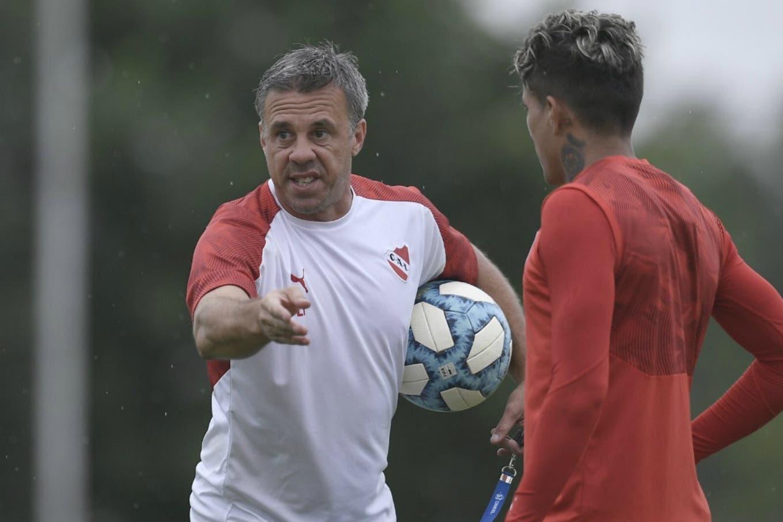 """Independiente-River: un clásico de técnicos """"amigos"""", con mucho en juego"""