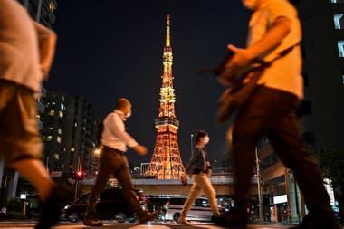 La Torre de Tokio, hoy: la ciudad mantiene la actividad, aunque con restricciones