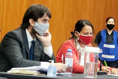 Los abogados defensores de Dolores Etchevehere, Lisandro Mobilia y Daniela Verón