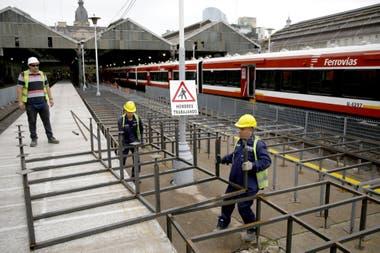 Según el gobierno, las refacciones estarán listaspara el próximo año; quejas de los pasajeros por su estado actual
