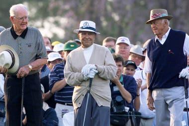 Byron Nelson, Gene Sarazen y Sam Snead, leyendas del Golf, participan de la apertura del Masters de Augusta del año 1999