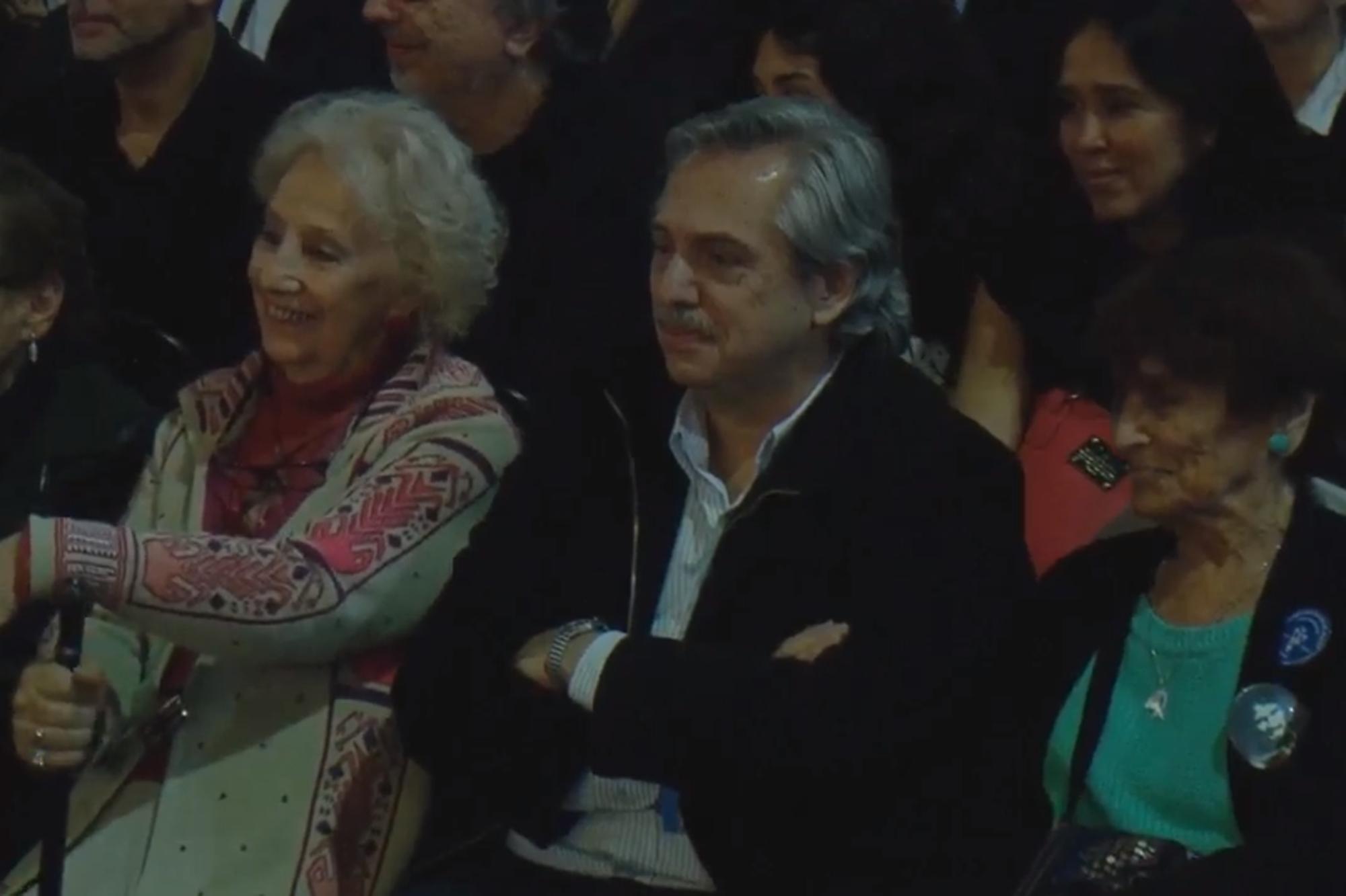 """""""Alberto Fernández me dio la idea de escribir este libro"""", le agradeció Cristina"""