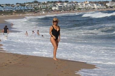 Alejandra Maglietti disfrutó de un día de relax y playa junto a algunos amigos