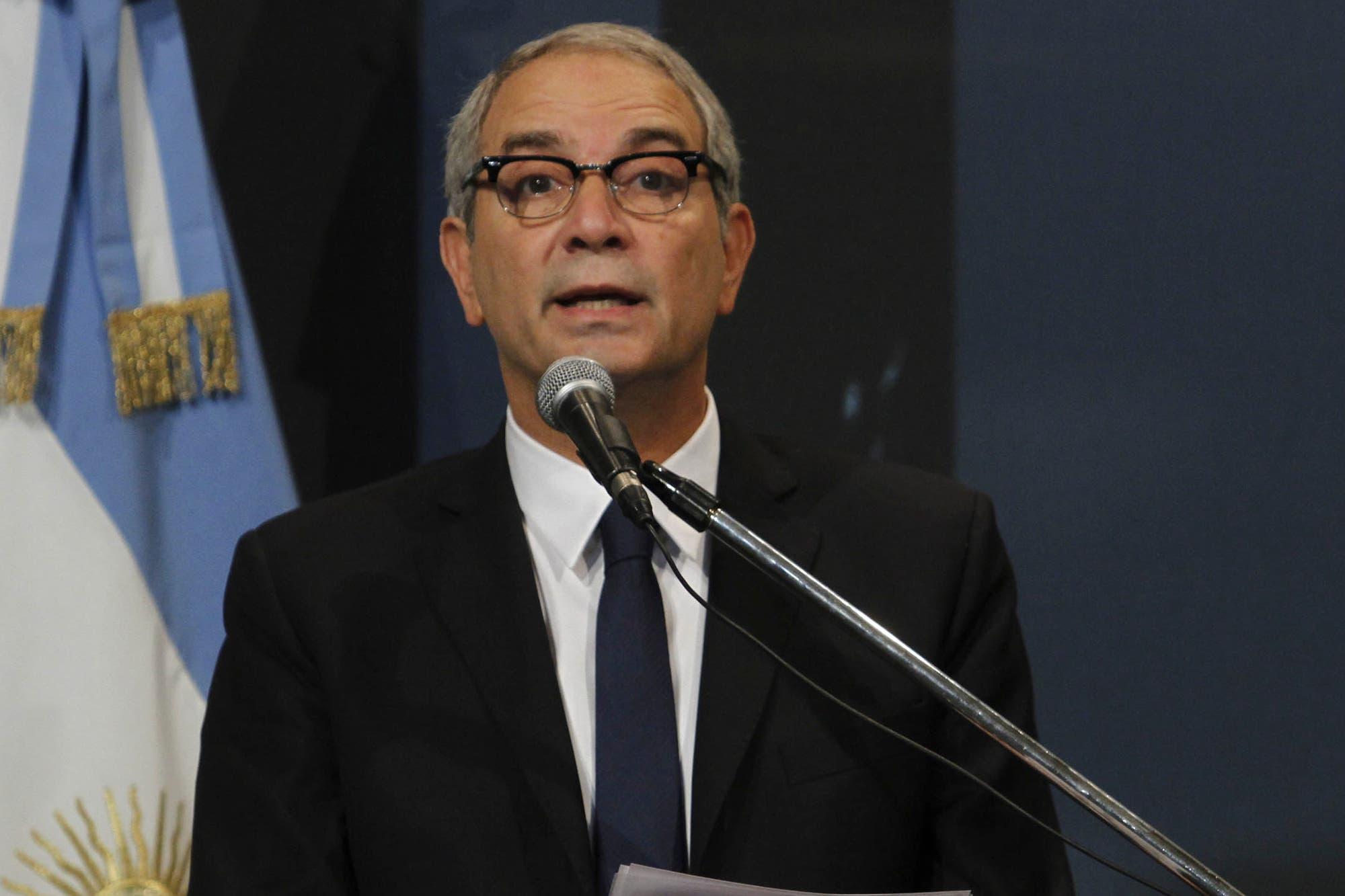 """Julio Alak: """"No hay un plan oficial para liberar presos en la provincia"""""""