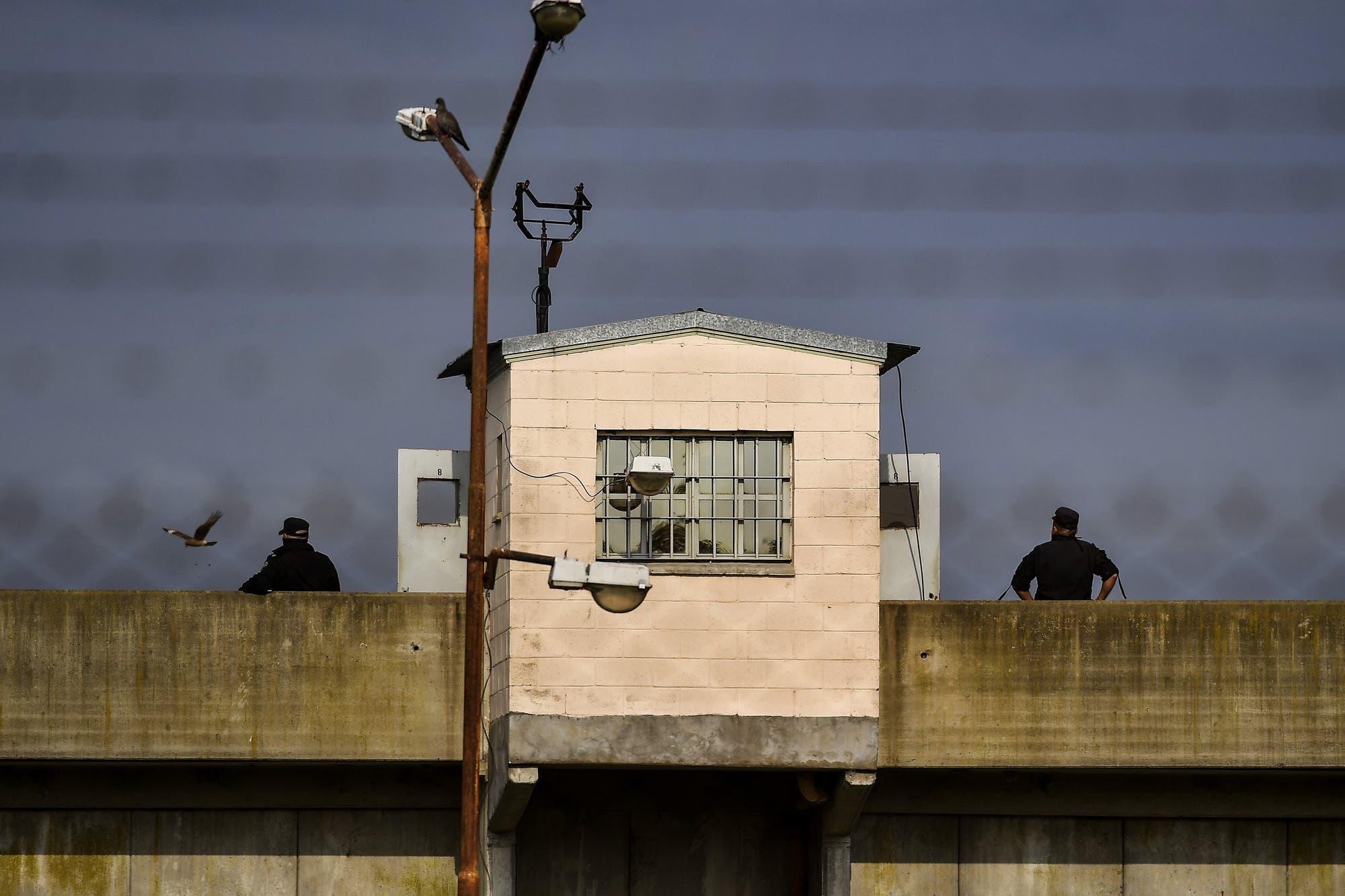 Coronavirus: se encuentra internado un agente penitenciario de la cárcel de Florencio Varela