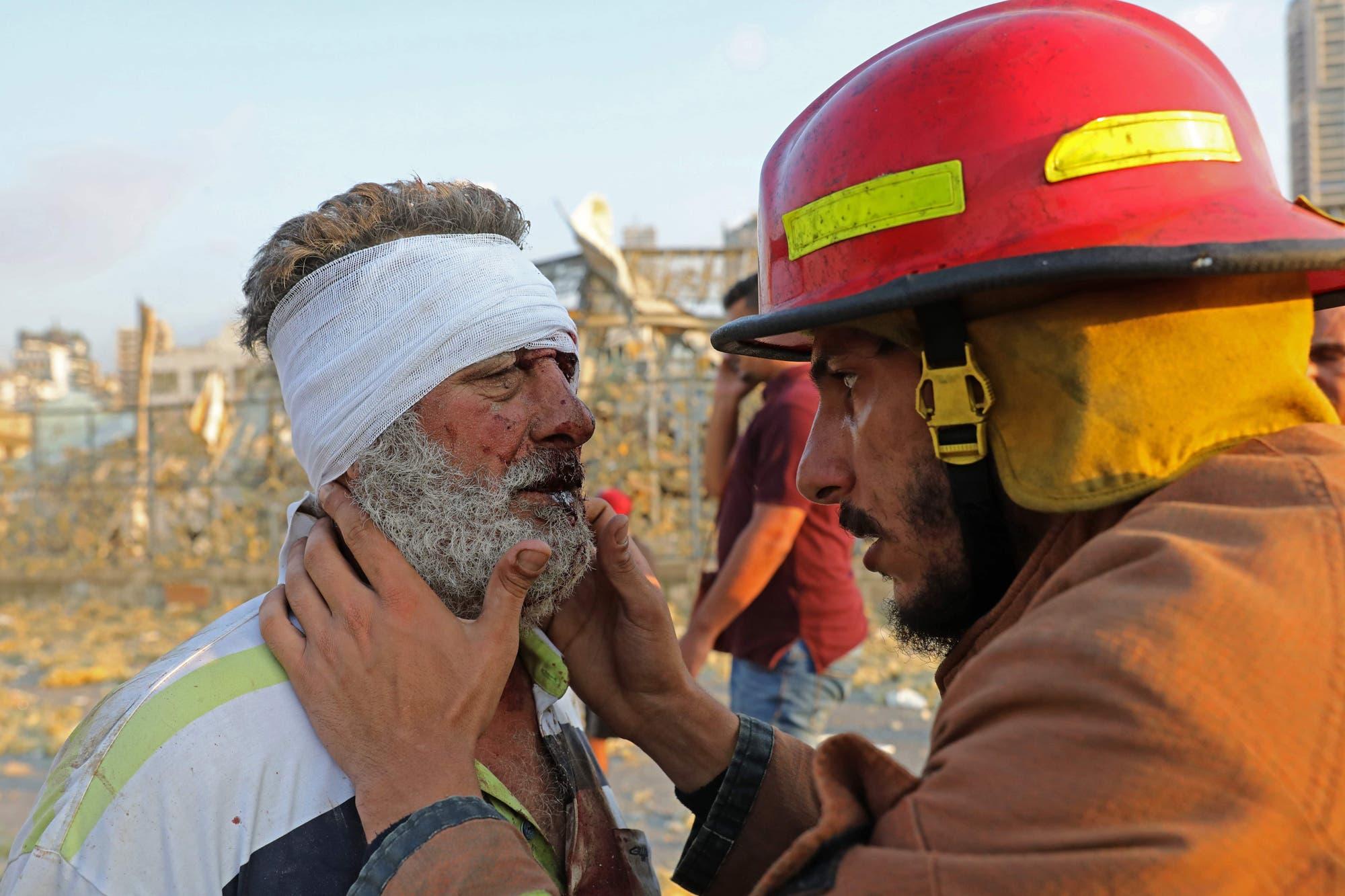 La cifra de muertos y desaparecidos hunde a Beirut en la furia y la indignación