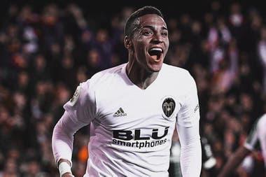 Rodrigo, el delantero que llega de Valencia, es la contratación más alta en la historia de Leeds
