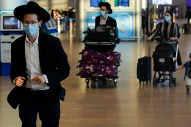 Pasajeros en el aeropuerto de Ben Gurion, en Tel-Aviv, el 20 de septiembre pasado