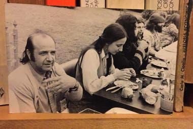 Donvi, junto a su hija Liliana Vitale y otros integrantes de MIA