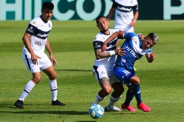 Gimnasia La Plata-Vélez, Copa Liga Profesional: el Fortín lo igualó sobre  el final con una jugada preparada - LA NACION