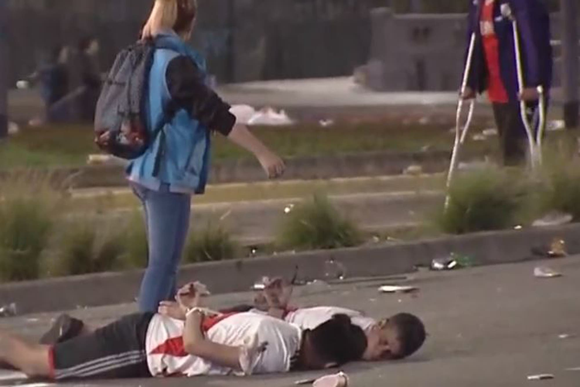 Copa Libertadores: los festejos en el Obelisco terminaron con incidentes, detenidos y policías heridos