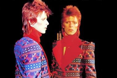 El Bowie de Ziggy Stardust, el que se anticipó al glam, el que provocó la primera gran impresión