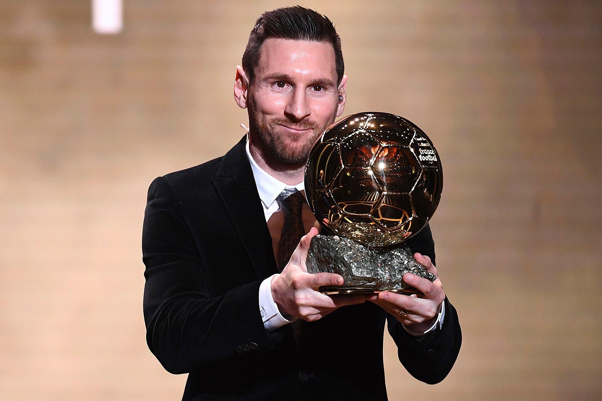 El mejor del mundo: Lionel Messi recibió su sexto Balón de Oro y es el más ganador de la historia