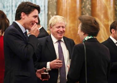La princesa Anne junto a los mandatarios de Canadá y el Reino Unido