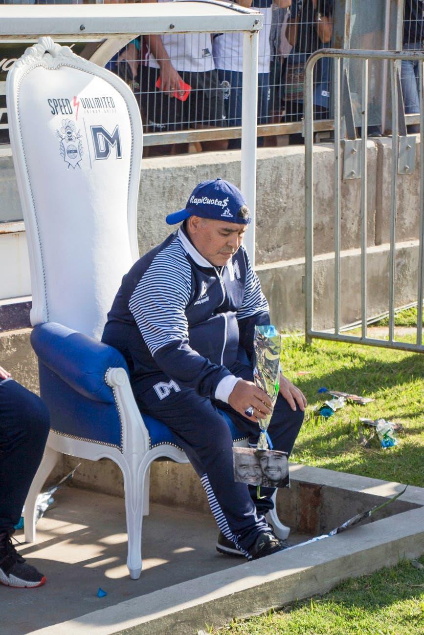 Sufre Diego Maradona: Gimnasia ganaba, erró un penal y Patronato le empató en la siguiente jugada