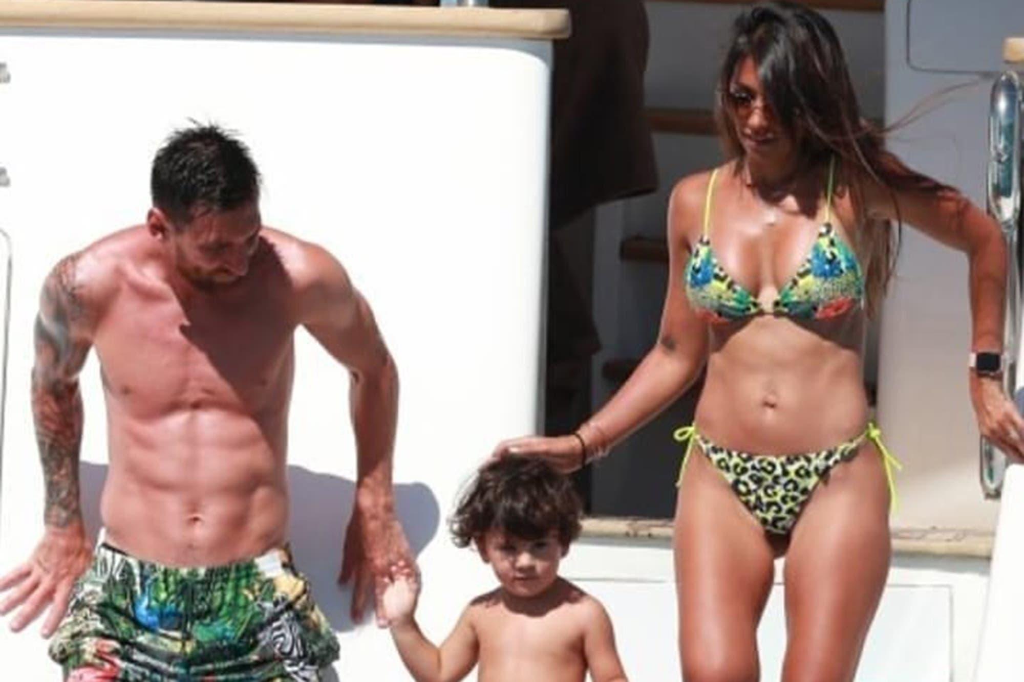 Descanso: Lionel Messi, Luis Suárez y sus familias, de paseo en un yate por Ibiza