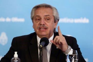 Fernández renovó su compromiso con los movimientos sociales.