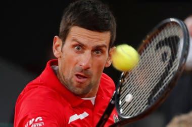 Novak Djokovic resolvió su partido en el tercer match point que tuvo ante Stefanos Tsitsipas