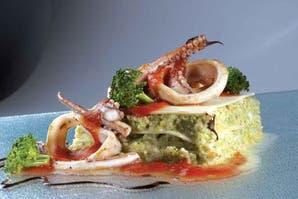 Lasaña de coliflor y brócoli con estofado marino